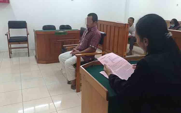 Ai saat menjalani persidangan di Pengadilan Negeri Palangka Raya, Rabu, 3 Juli 2019.