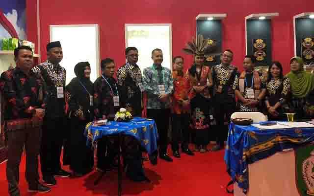 Stand Pemkab Kotim di Apkasi Otonomi Expo 2019, di Jakarta.