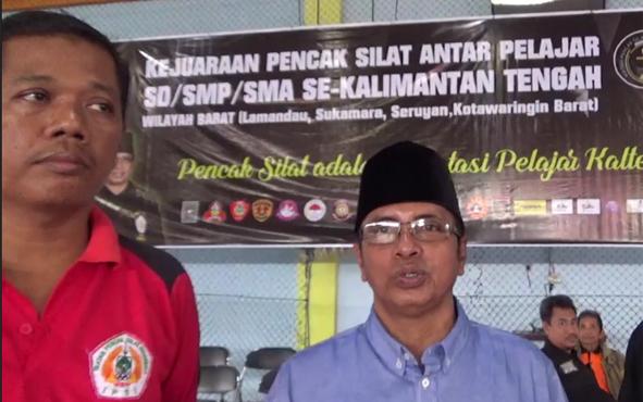Ketua IPSI Kobar Rahmat Sony (berpeci).