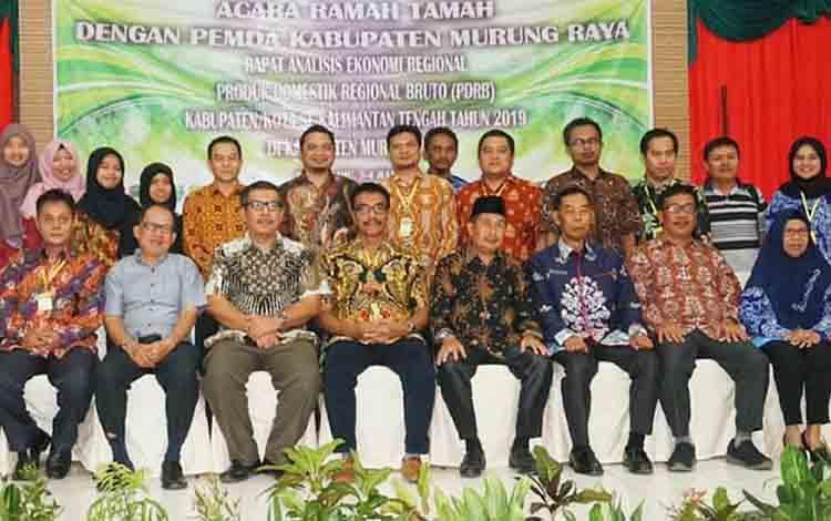 Wakil Bupati Barito Utara Sugianto Panala Putra saat menghadiri ramah tamah Rakonreg di Puruk Cahu, Kabupaten Murung Raya, Kamis, 4 Juli 2019.
