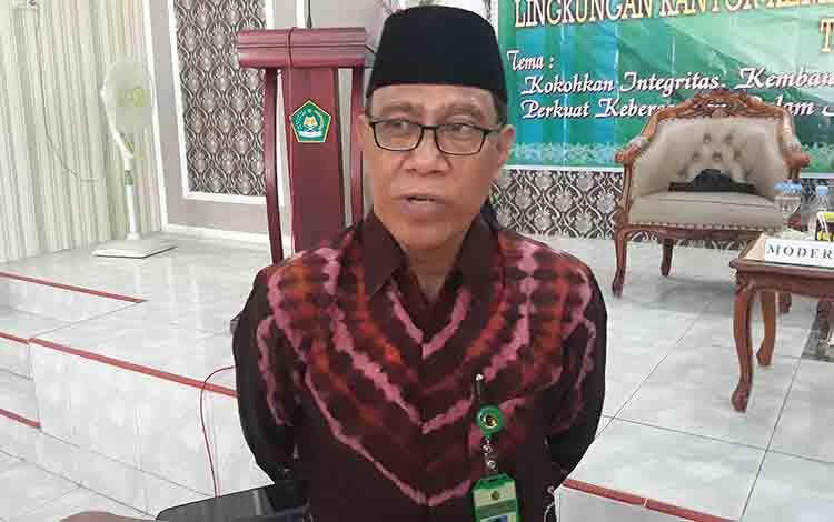Kepala Kantor Kemenag Kapuas Ahmad Bahruni