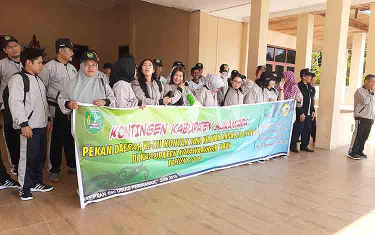 Pelepasan peserta Peda ke XII KTNA Kabupaten Sukamara tingkat Provinsi Kalteng.