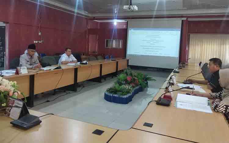 Pembahasan Raperda inisiatif DPRD Kota Palangka Raya