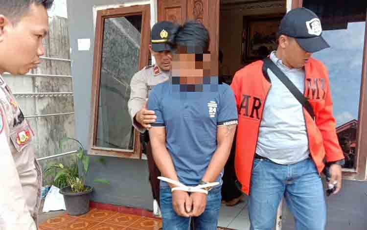 Penangkapan pelaku penusukan yang dipimpin lansung Kapolsek Murung, Ipda Yulianto, Rabu, 10 Juli 2019.