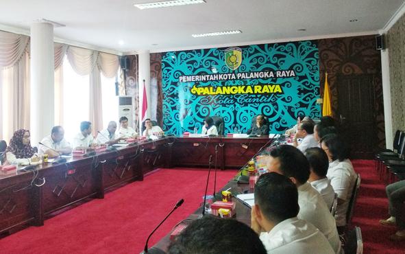 Pemerintah Kota Palangka Raya menggelar rapat tertutup terkait pengelolaan aset daerah, Rabu, 10 Juli 2019.