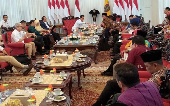 Tim BPH Migas saat audiensi dengan Gubernur Kalteng Sugianto Sabran, Kamis, 11 Juli 2019.