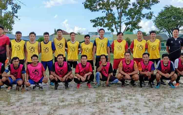 Para pemuda di Palangka Raya ini siap menjajal kemampuan dalam ajang turnamen sepakbola, Minggu, 13 Juli 2019