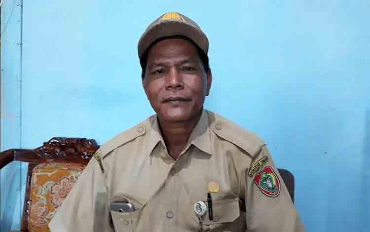 Koordinator Pengawas Disdik Kalteng, Martinus.