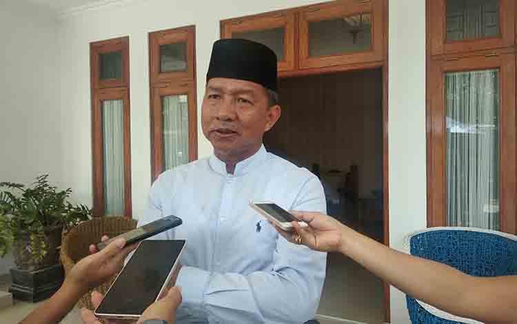 Mantan Wali Kota Palangka Raya, HM Riban Satia