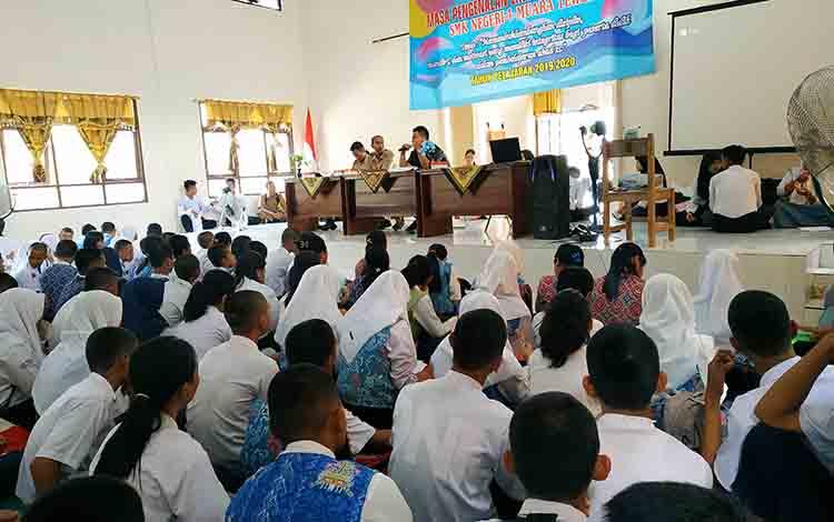 kegiatan MPLS di SMKN 1 Muara Teweh, Selasa 16 Juli 2019.