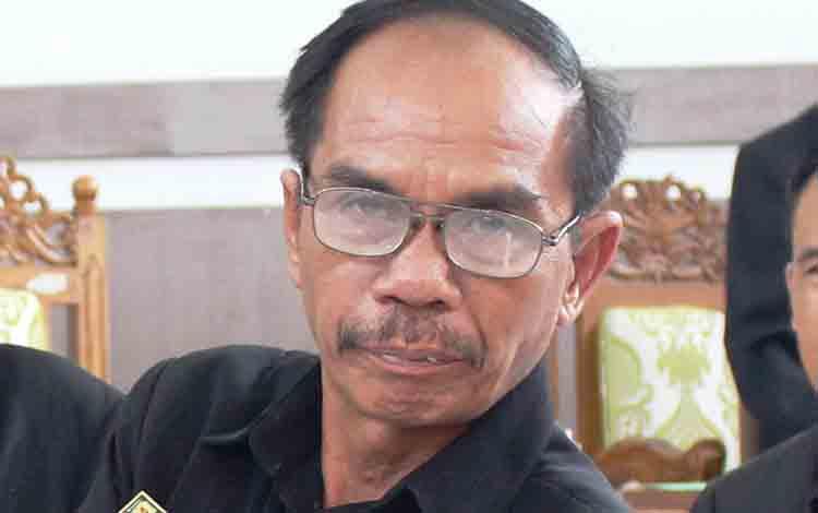 Ketua DPRD Kabupaten Gunung Mas, Gumer
