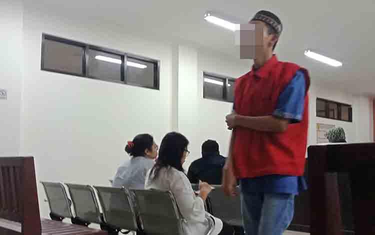 BLP saat di Pengadilan Negeri Sampit.