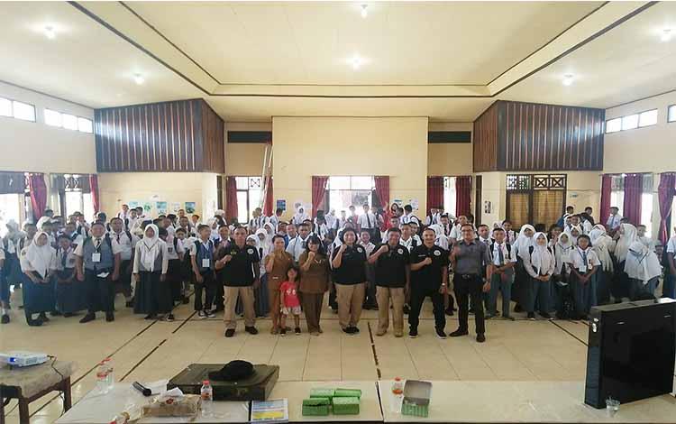 Kegiatan MPLS di SMKN 4 Palangka Raya bersama Ditresnarkoba Polda Kalimantan Tengah