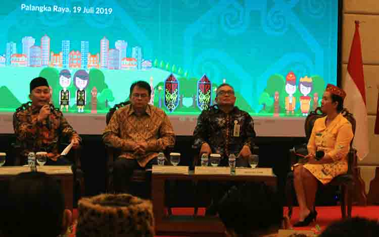 Dialog nasional pemindahan ibu kota negara, di Hotel Luansa, Jumat 19 Juli 2019.