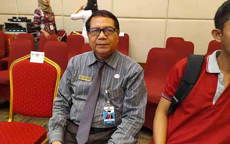 Profesor Kumpiady Widen, Dekan FISIP Universitas Palangka Raya.
