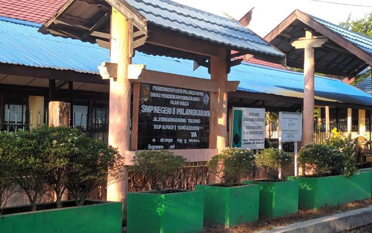 SMPN 8 Kota Palangka Raya jalan Temanggung Tilung.