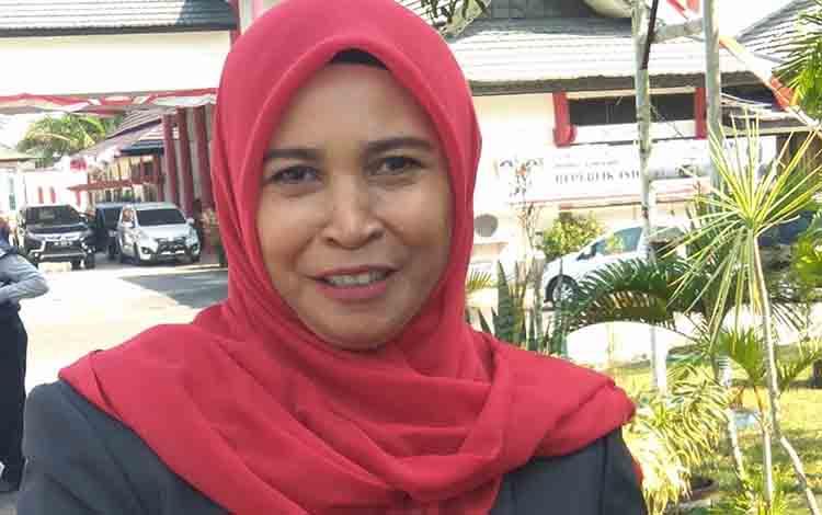 Ketua Komisi C DPRD Kota Palangka Raya, Hj Mukarramah.