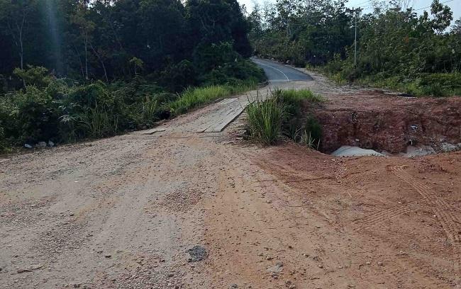 Jalur penghubung Muara Tuhup dan Muara Laung, Kabupaten Murung Raya.