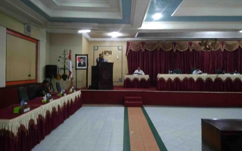 Rapat paripurna di DPRD Barito Timur.