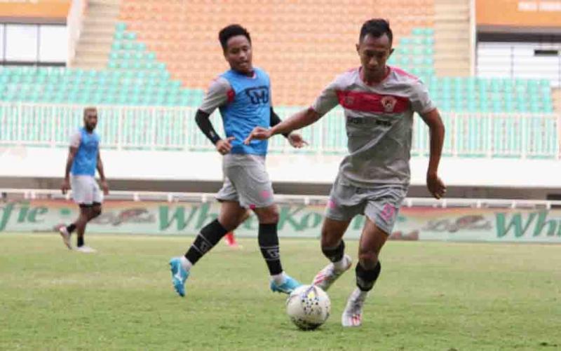 Skuad Kalteng Putra FC saat berlatih.
