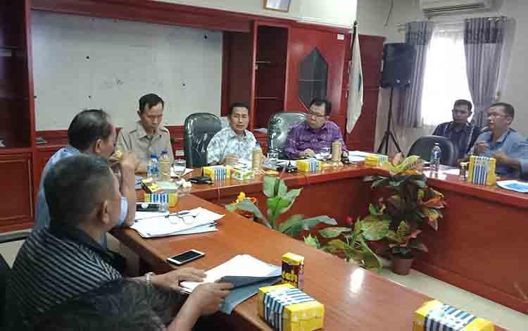 Audensi PDAM Puruk Cahu bersama Pemkab Murung Raya, Jum\\\\\\\'at, 26 Juli 2019.