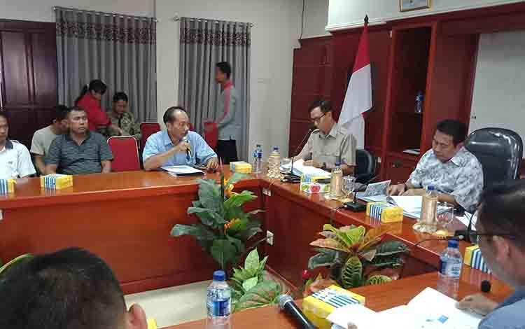 Audensi PDAM Puruk Cahu bersama Pemkab Murung Raya, Jumat, 26 Juli 2019.