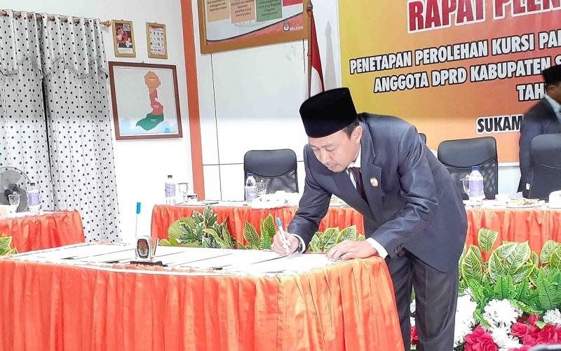 Rapat pleno terbuka penetapan caleg terpilih dan parpol peraih kursi Pemilu 2019 d Sukamara.