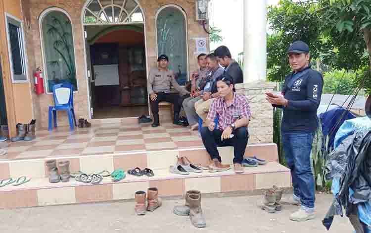 Polsek Murung monitoring di Km 5 PT IMK- Selasa, 30 Juli 2019