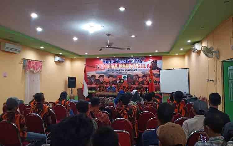 Suasana saat Muscab II Pemuda Pancasila Kabupaten Kapuas di aula salah satu hot di Kuala Kapuas pada Selasa, 30 Juli 2019