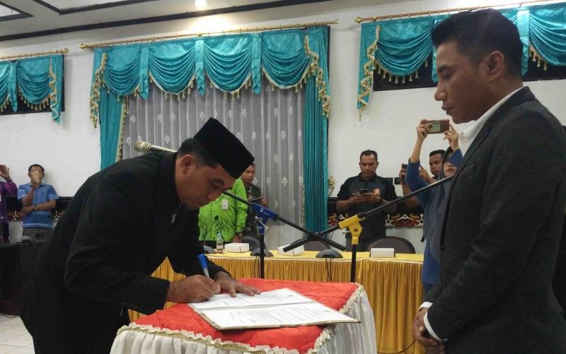 Pelantikan Direktur BUMD PT Habaring Hurung, Kamis, 1 Agustus 2019.
