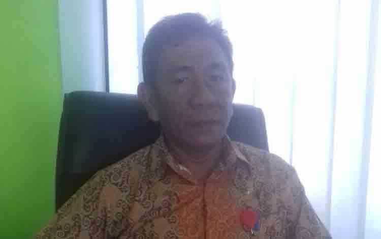 Kepala Disnakertrans Kabupaten Bartim Darius Adrian