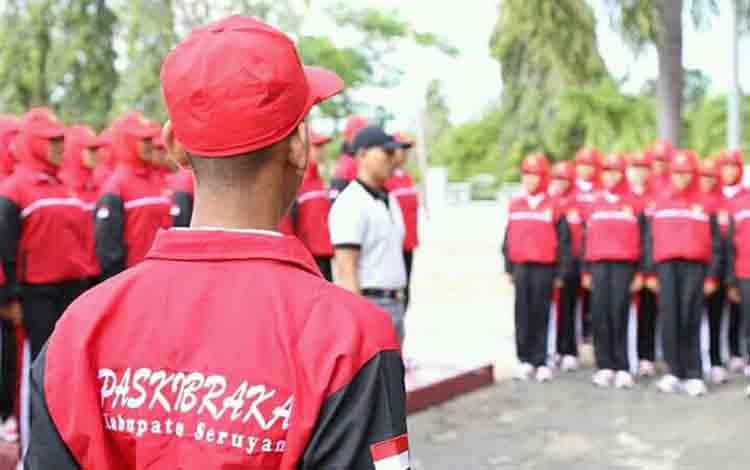 Anggota Paskibra Kabupaten Seruyan ketika dikumpulkan di Mes Pemkab Seruyan.