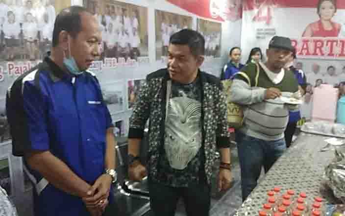 Wagub Kalteng, Habib Ismail (kanan) bersama Bupati Barito Timur, Ampera AY Mebas (tengah) mengecek stan Bartim Expo 2019.