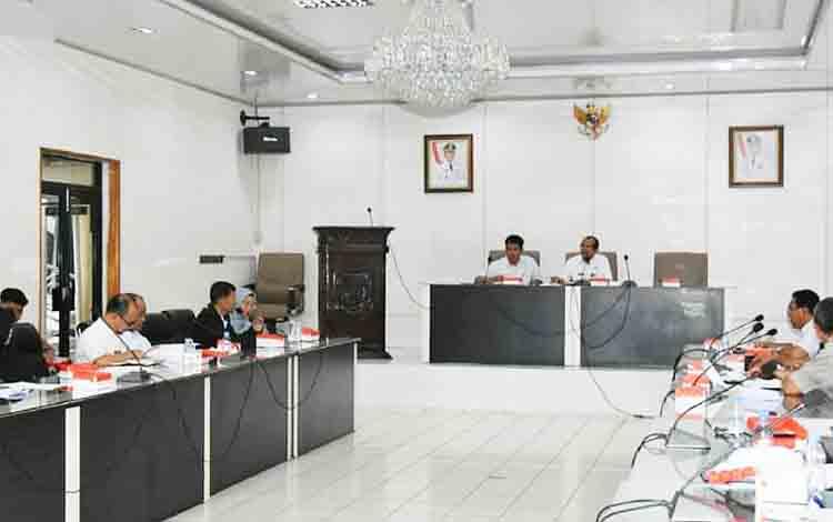 Rapat pembentukan panitia pelaksana kegiatan peringatan HUT ke - 74 RI tingkat Kabupaten Barito Utara, Rabu, 7 Agustus 2019.