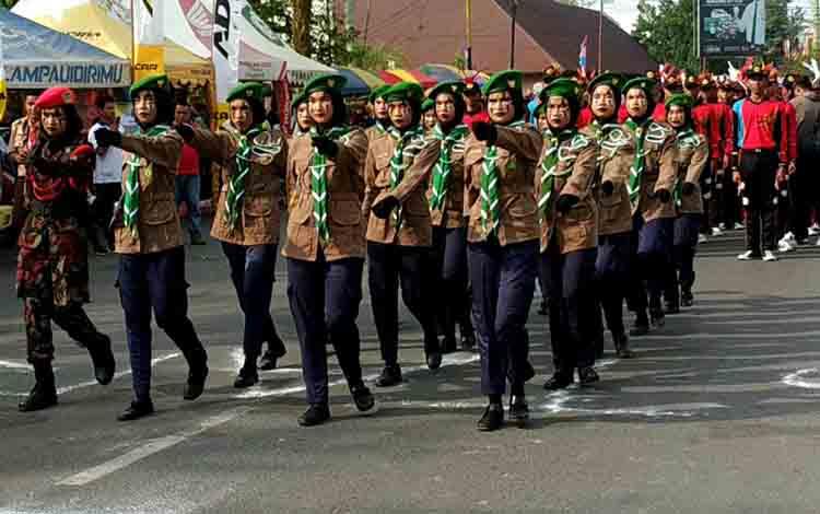 Lomba gerak jalan yang digelar Dinas Pemuda dan Olahraga Kotim di Taman Kota Sampit, Kamis, 8 Agustus 2019.