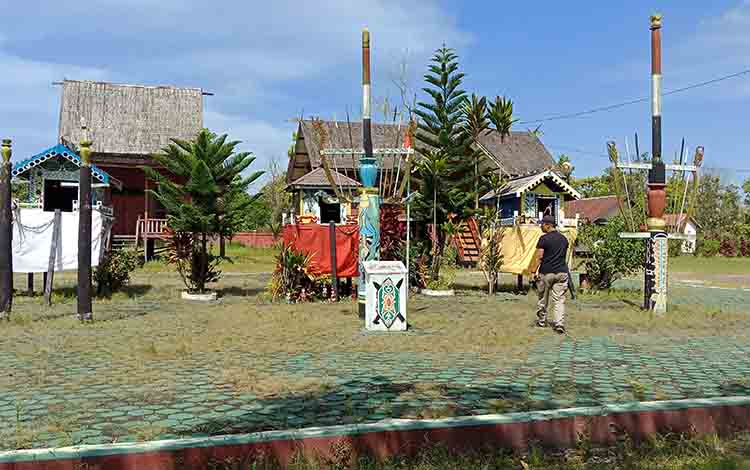 Taman Miniatur Budaya di Sampit, Kabupaten Kotim.