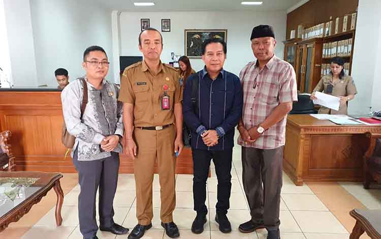Ketua DPRD Kapuas Algrin Gasan saat kunjungi DPRD Badung, Provinsi Bali pada Selasa, 13 Agustus 2019