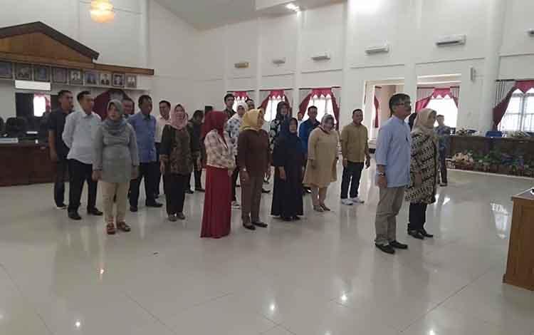 25 orang calon anggota DPRD terpilih mengikuti gladi bersih, Selasa, 13 agustus 2019.