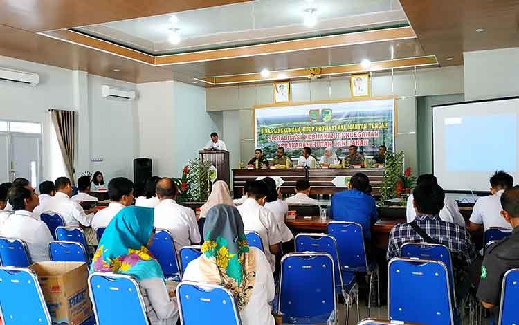 Sosialisasi kebijakan pencegahan karhutla aula Kecamatan Teweh Tengah, Barito Utara, Rabu 14 Agustus 2019.