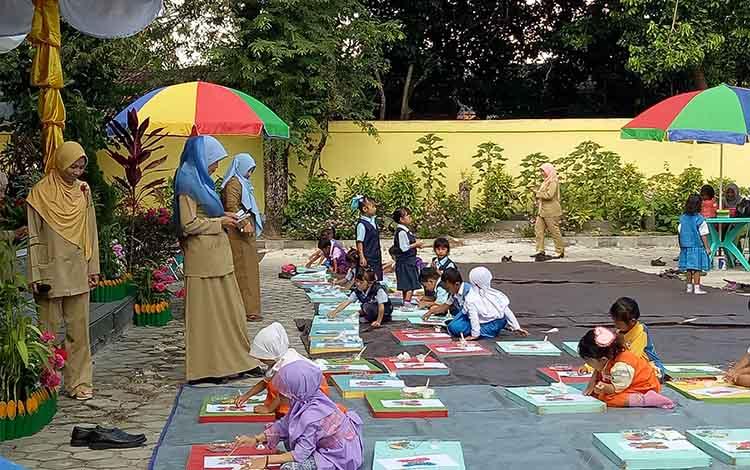 Anak-anak TK saat ikut pertandingan yang diadakan oleh Dinas Perpustakaan dan Kearsipan (DPK) Sukamara beberapa waktu lalu.