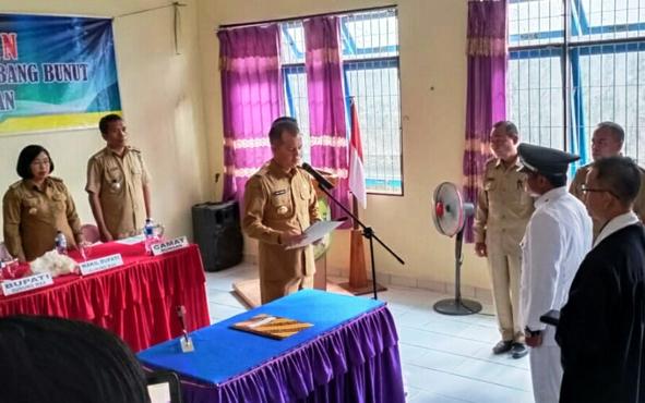 Suasana pelantikan Pj Kades Tumbang Bunut, Selasa, 13 Agustus 2019.