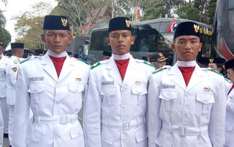 Yudi Lupiadi, Galih Lokantara dan Toha Munawar Tiga anggota paskibraka Kobar