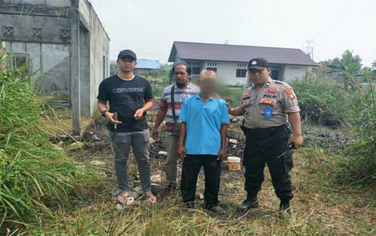 Aparat Polres Palangka Raya mengamankan terduga pelaku pembakar lahan