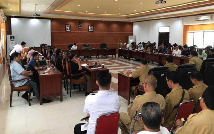 Rapat gabungan perkenalan anggota DPRD baru, Selasa, 20 Agustus 2019