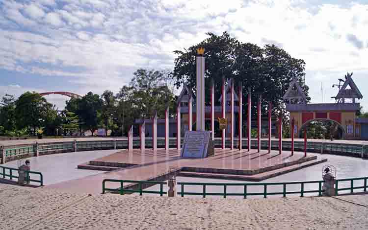 Tugu Soekarno, lokasi Presiden pertama RI mewacanakan Kalteng sebagai ibu kota negara.