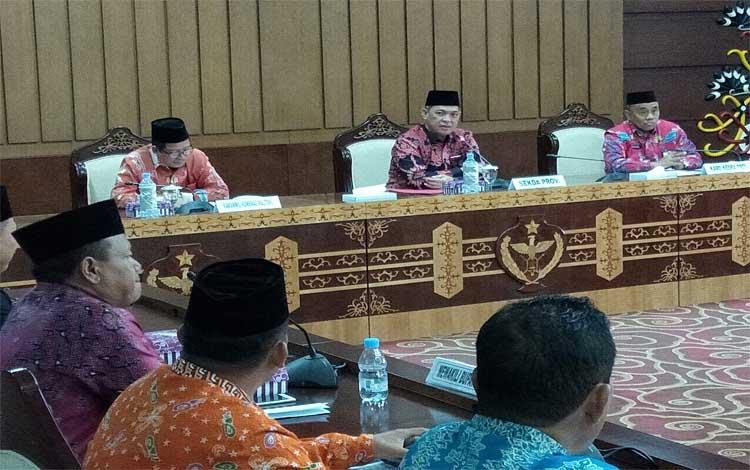 Sekretaris Daerah Provinsi Kalimantan Tengah Fahrizal Fitri memimpin kesiapan menyambut kedatangan jamaah haji, Kamis, 22 Agustus 2019
