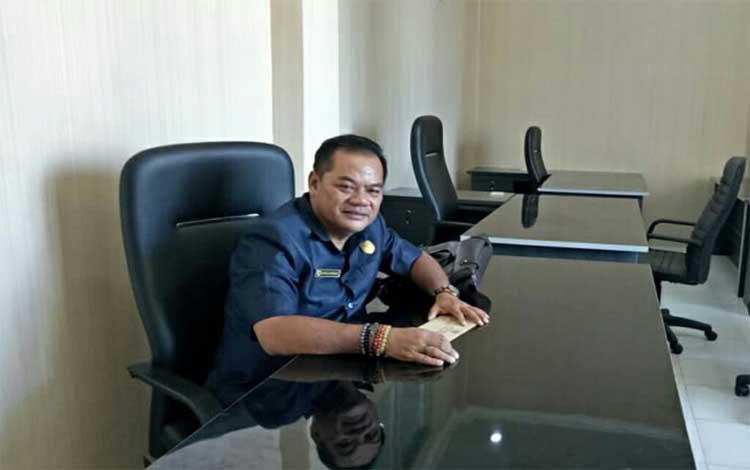 Anggota DPRD Gunung Mas, Untung Jaya Bangas