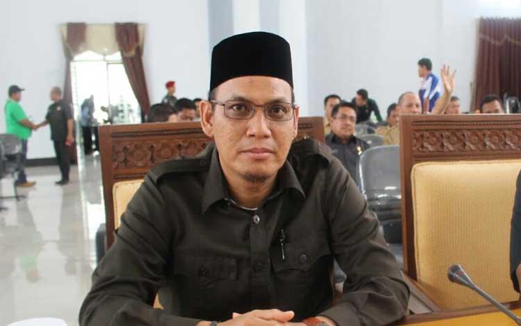Ketua Sementara DPRD Seruyan, Hadinur