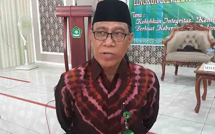Kepala Kemenag Kapuas Ahmad Bahruni