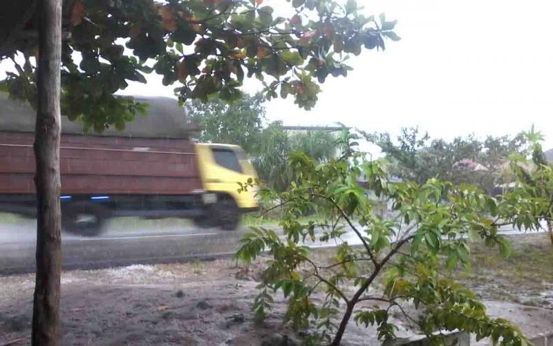Hujan yang mengguyur wilayah Kasongan, Selasa, 27 Agustus 2019 pagi.